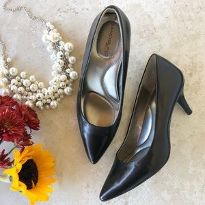 Bandolino Black heels shoes